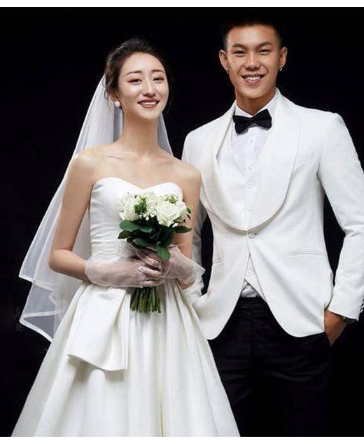Địa chỉ mua áo cưới giá rẻ và đẹp tại TPHCM