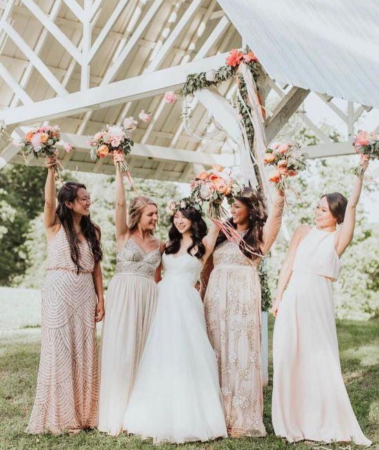 Kinh nghiệm mua váy cưới mà không phải ai cũng biết